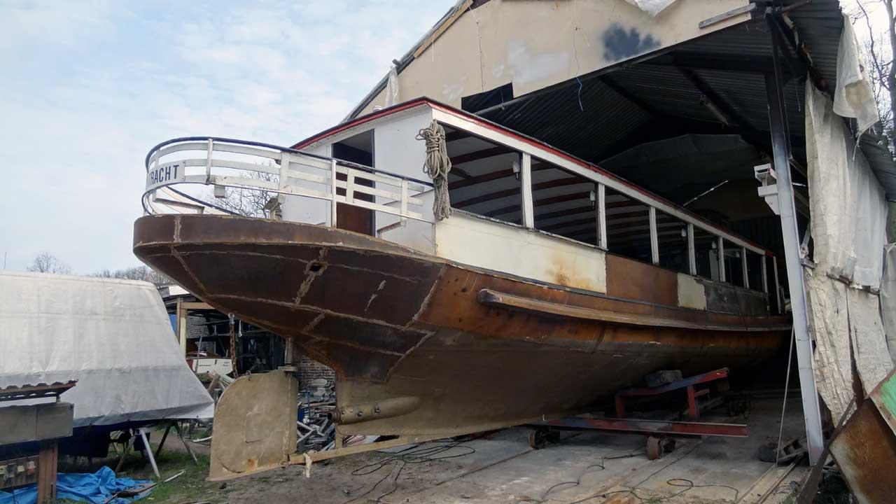 Bootsrestaurierung bei Jacko Schiffbau