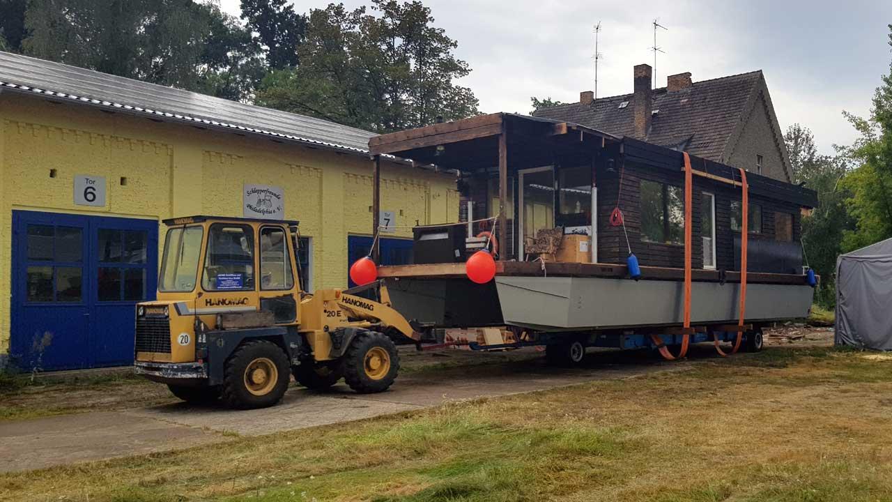 Kranservice zum Transport und zur Einlagerung - Jacko Werft