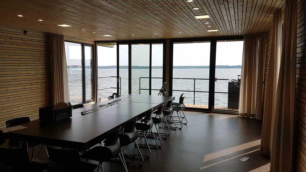 Boje Tagungsschiff - Innenansicht Tagungsraum