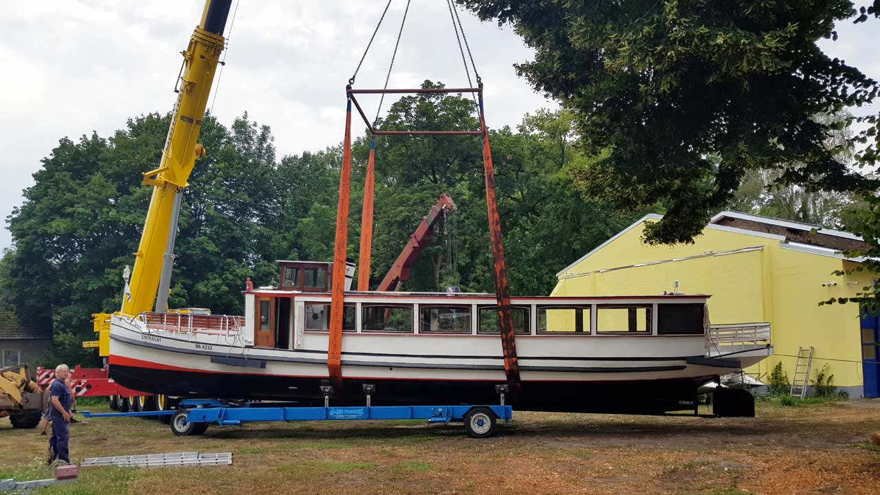 Erfolgreiche Bootsrestaurierung - Jacko bringt alte Boote und Schiffe wieder auf Vordermann