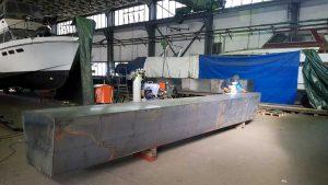 Hausboot bauen mit Pontons aus Schiffbaustahl - Jacko Schiffbau GmbH